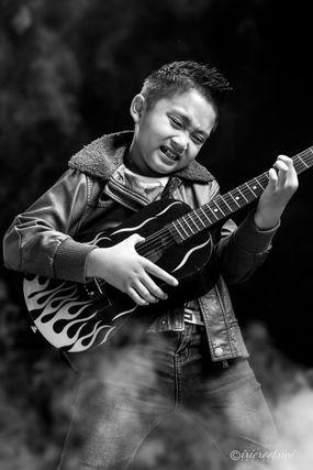 Guitar-Hero-Shot-Sydney-9.jpg