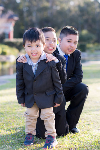 Siblings Portrait Outdoors-Rooty Hill-2