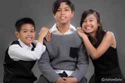 Portrait-Photographer-Dean-Park-Three-Siblings-Smiling