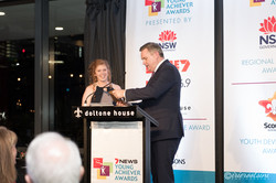 Corporate-Event-Photography-Sydney-Winner-Accepting-Award
