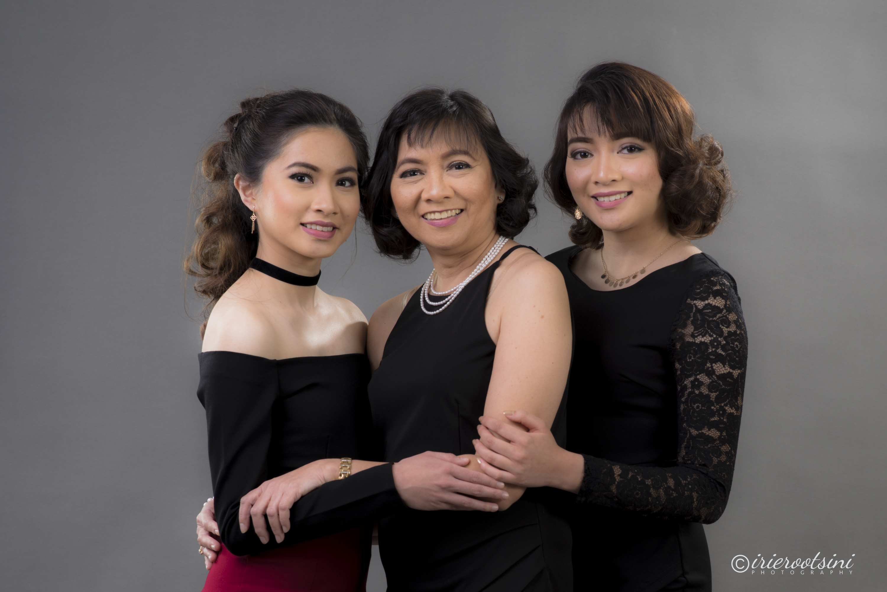 Mother with Daughters Pose