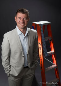 Corporate Headshots-Edge Electrical-Casula-11.jpg