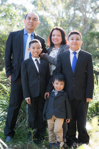 Family Portrait Outdoors-Rooty Hill-3