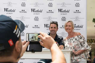 Jamie Whincup Photo with Fan-37