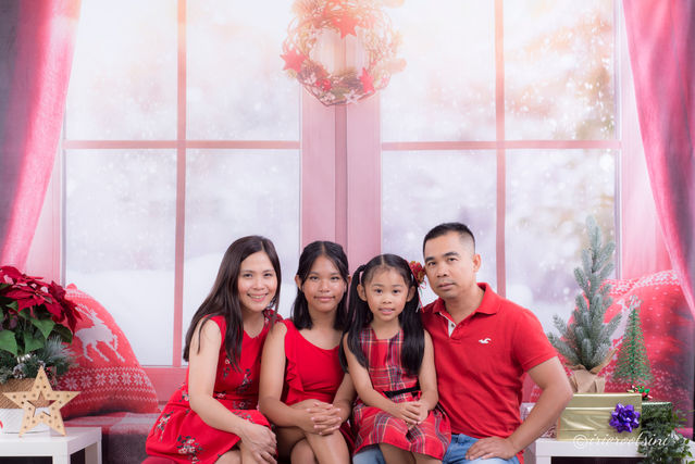 Christmas Mini Session - Blacktown-2.jpg