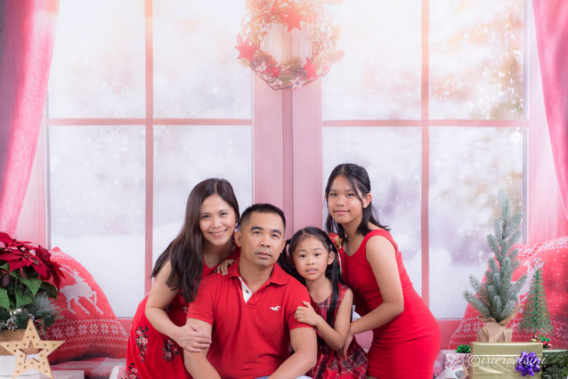 Christmas Mini Session - Blacktown-1.jpg