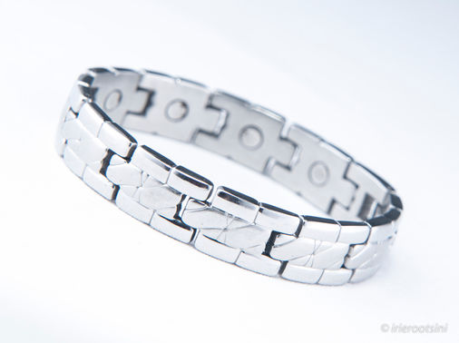 Silver-Bracelet-Product-Photography-Doonside.jpg