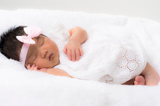 Newborn-Studio Portrait-Blacktown-23.jpg