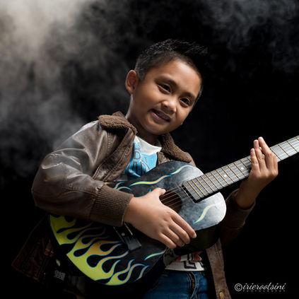 Guitar-Hero-Shot-Sydney-2.jpg