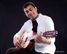 Guitarist Headshots-Singing