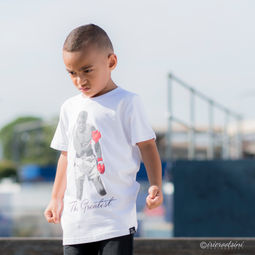 Kids T Shirt-Lifestyle Photography-3.jpg