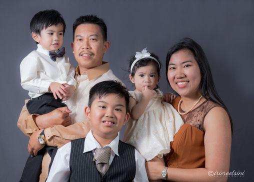 Family-Photography-Studio-4.jpg