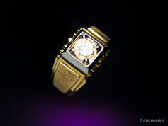 Gold-Diamond-Ring-Colored-Gels-Background-Huntingwood.jpg