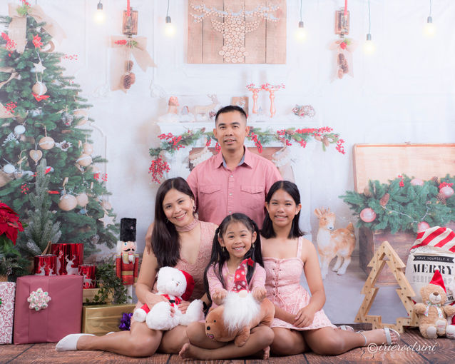 Christmas Mini Session - Blacktown-5.jpg