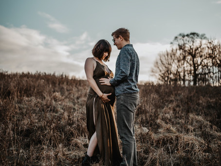 Sarah & John _ Couple & Maternity Session in Bristol Woods