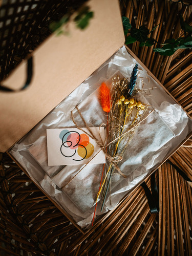 Gift-Boxes-Charlie-Britz-Photography-1.j