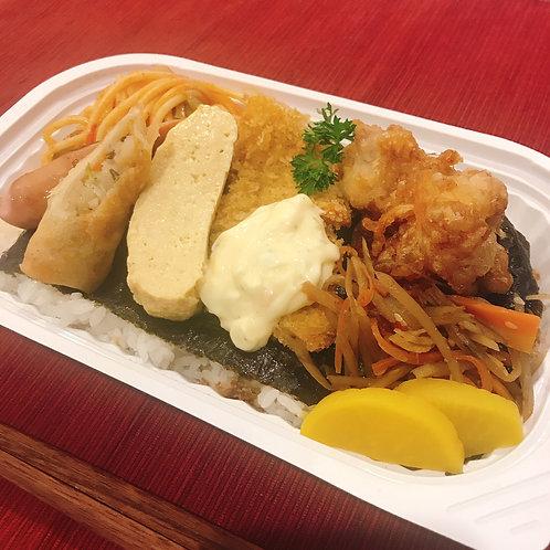 12月24日(火)雑穀米の白身魚タルタルのり弁当
