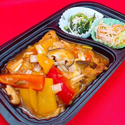 1月10日(金)ピリ辛!地鶏のチリソース弁当