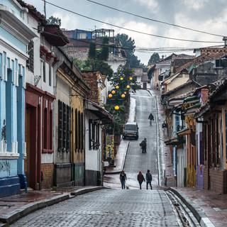 Улицы Ля-Канделарии, Богота In the streets of La Candelaria, Bogotá