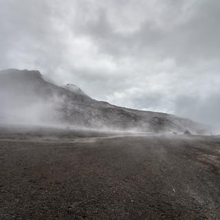 На высоте 4500 метров, вулкан Невадо-дель-Руис At 4500 m.a.s.l., Nevado del Ruiz