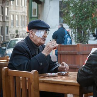 Чай – любимый напиток стамбульцев  Tea is the most loved Istanbul's drink