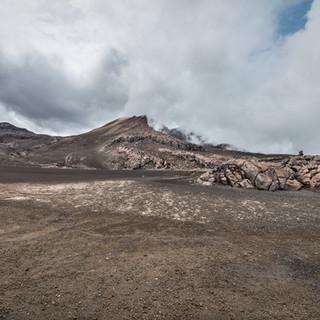 Кратер Ойета вулкана Невадо-дель-Руис Olleta crater of Nevado del Ruiz volcano