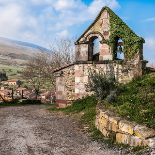 Маленькая часовня между Сан-Педро и Кармоной Small chapel between San Pedro and Carmona