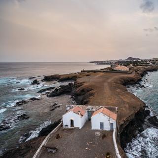 Закатный вид со старого маяка, Прая, остров Сантьягу  A sunset view from the old lighthouse, Praia, Cidade Velha, Santiago island