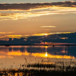 Закат на озере Лача, Архангельская область  A sunset over Lacha lake, Arkhangelsk region