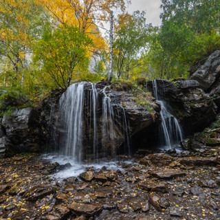 Водопад в ущелье Че-Чкыш Waterfall in Che Chkysh gorge