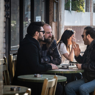 Посетители кафе, Кадыкёй  Café patrons, Kadiköy neighbourhood