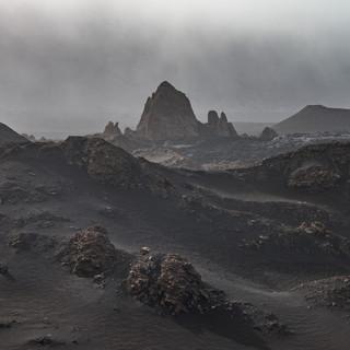 Инопланетные пейзажи в кальдере вулкана Фогу на одноименном острове  Extraterrestial landscapes in Fogo caldera on Fogo island