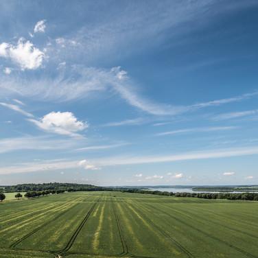 Типичный ландшафт Мекленбургского поозёрья A typical landscape in Mecklenburg Lakeland