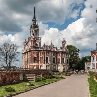 Неоготический Ново-Николаевский собор в Можайске, 1814 Neo-gothic New St Nicolas Cathedral in Mozhaysk of 1814
