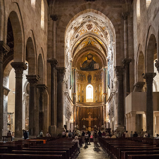 В соборе Чефалу Inside the Cathedral of Cefalù