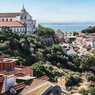 Вид от крепости Сан Джорджи A view fron São Jorge Castle