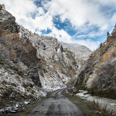 Вверх по Аргунскому ущелью Moving up Argun valley