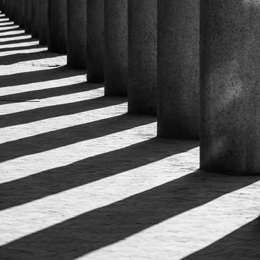 Летнее солнце рисует эшеровские иллюзии на улицах Копенгагена Escherian illusions drawn by the sunlight right in the streets of Copenhagen