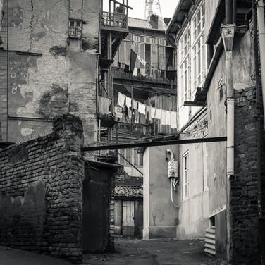 Старые тбилисские дворы Old Tbilisian courtyards