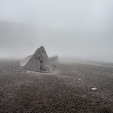 Камни, разбросанные вулканическими извержениями, Невадо-дель-Руис Stones brought by volcanic eruptions, Nevado del Ruiz