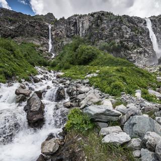 Водопады Бечо Becho waterfalls