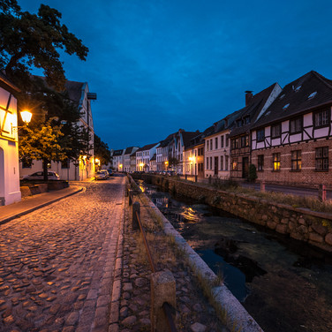 Ночной Висмар: канал Фришер Грубе Wismar by night: Frisher Grube canal