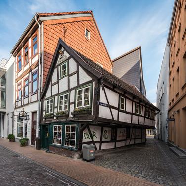 Самый старый сохранившийся дом в Шверине, построен в 1698 году The oldest surviving house in Schwerin, built in 1698