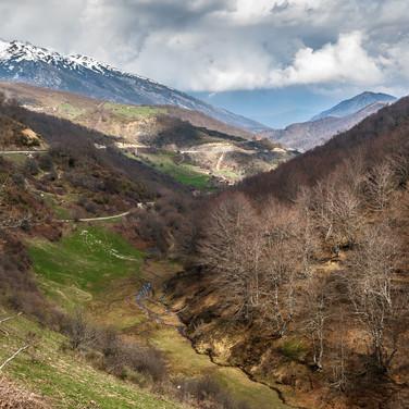 Долина реки Нанса со смотровой площадки в Пьедраслуэнгас Valley of Río Nansa from the viewpoint at Piedrasluengas