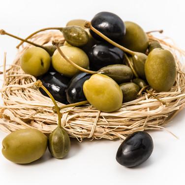 Гнездо с оливками Olives in a nest