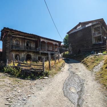 Традиционные тушинские дома в Шенако  Traditional Tusheti's houses in Shenako village