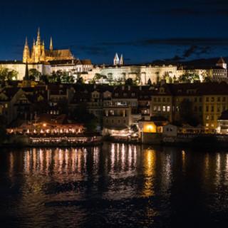 Градчаны и Пражский Град ночью Hradčany district and Prague Castle at night