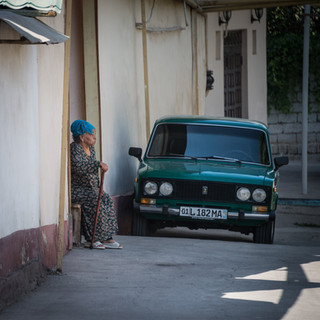На улице в старом Ташкенте In a street in Old Tashkent