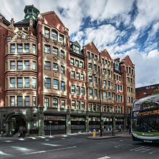 Викторианский Манчестер: здание на Пиккадилли-Стрит Victorian Manchester: a house in Piccadilly street