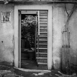 Уголок в районе Авлабари A nook in Avlabari neighbourhood